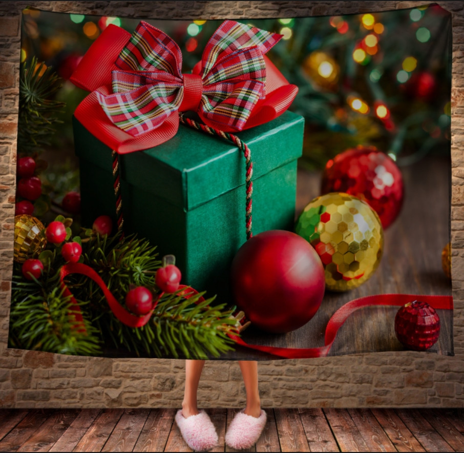 Плед с 3D принтом на тему-Новогодние игрушки и подарки