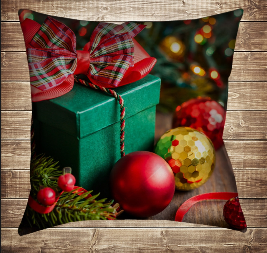 Подушка с 3D принтом Новогодние игрушки и подарки